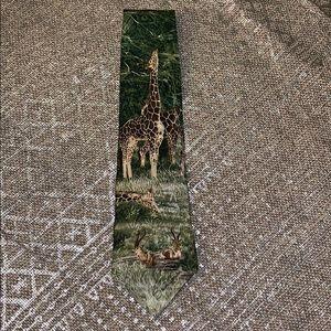 Vtg Tie TALL SHADOWS Giraffe Endangered Species